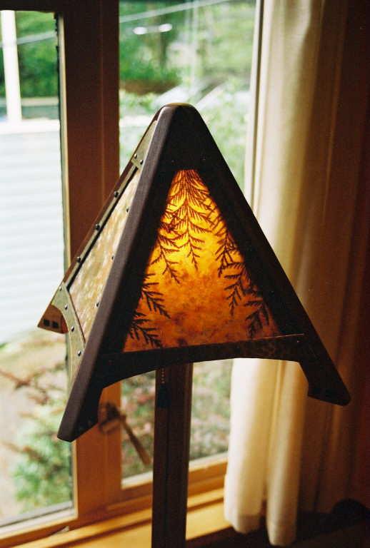 hreadinglamp.jpg
